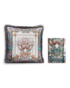 Блокнот в шелковом переплётеи декоративная подушка