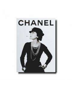 Книга Chanel Set of 3: Fashion, Jewelry & Watches, Perfume & Beauty