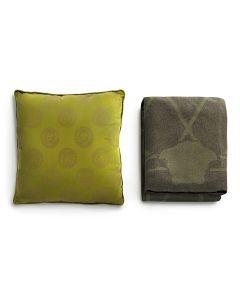 Плед и декоративная подушка